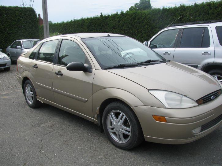 Ford focus 2001 pour pi ce achat vente voitures centre for Achat voiture garage dans le centre