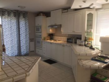 SPACIOUS 4-1/2 APARTMENT - LAVAL - $580-thumb