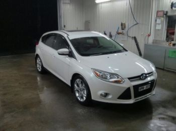 FORD FOCUS 2012 Impeccable-thumb